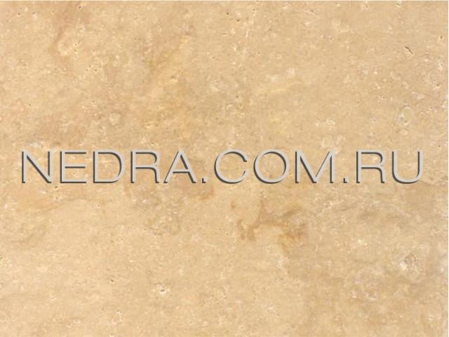 Травертин античный светло-бежевый залеченный цементом CC